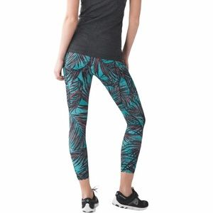 Lululemon Palm Crop Tight Stuff Stretch Pants 8